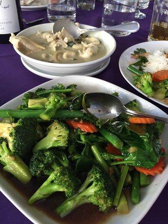 Thai Eatery: photo3.jpg