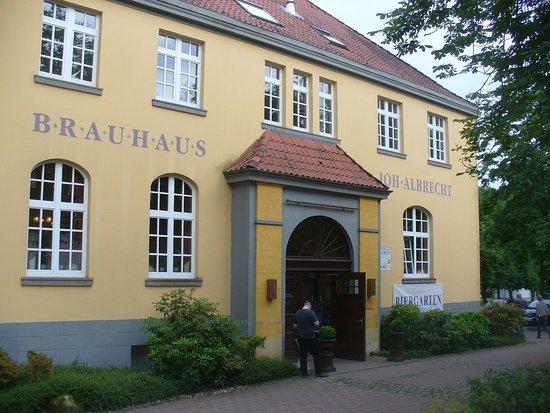 Brauhaus Joh. Albrecht: The front of Brauhaus Joh.Albrecht