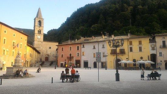 Leonessa, Italia: P_20160722_194051_large.jpg