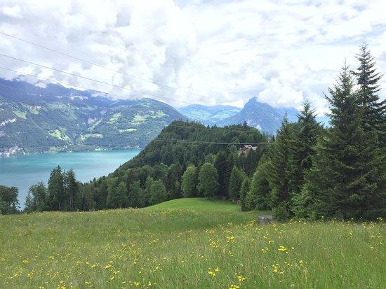 Leissigen, สวิตเซอร์แลนด์: Wunderschöne Wandermöglichkeiten!