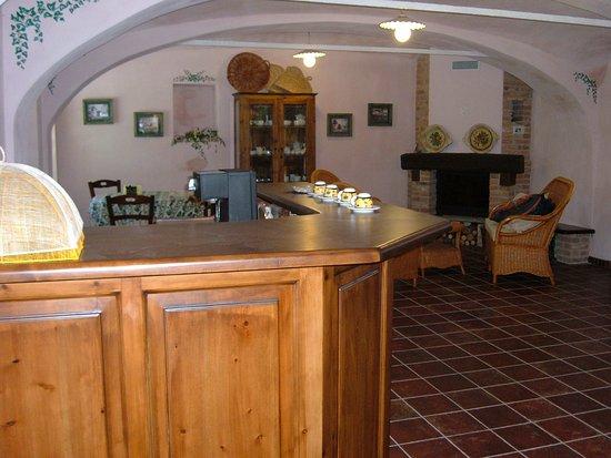 Pocapaglia, إيطاليا: sala colazione