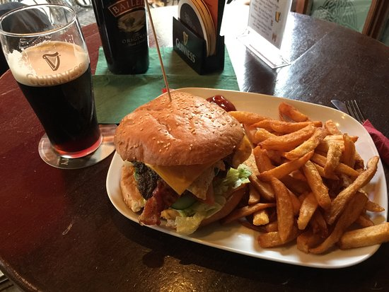 THE IRISH PUB FIDDLERS GREEN, Oldenburg - Restaurant