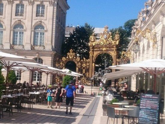 Place Stanislas : DSC_0019_large.jpg