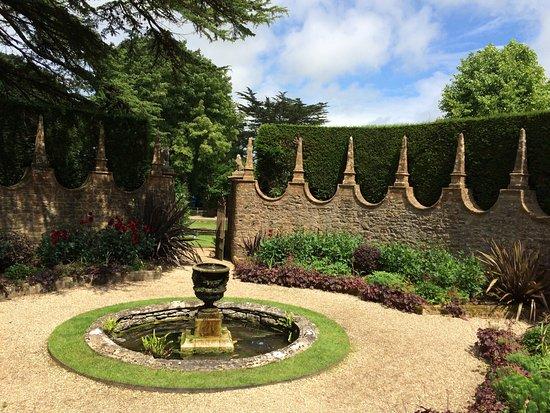 Dorchester, UK: The Corona garden, Athelhampton