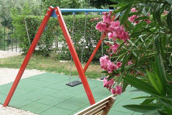 دا أنجلو: Particolare dell'area giochi per bambini.