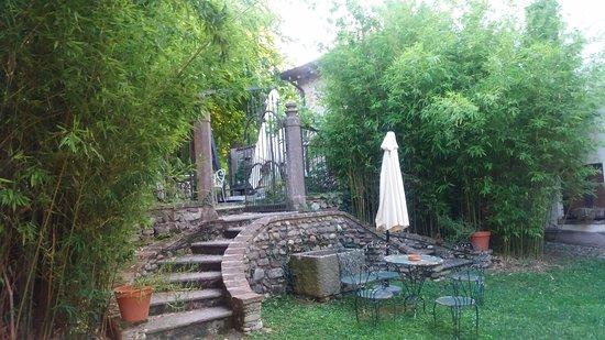 Solferino, Italia: giardino