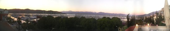 Yacht Boutique Hotel: Panoramic shot from roof top terrance