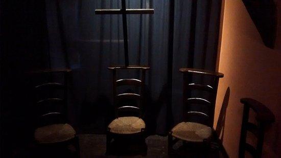 Urdazubi-Urdax, Spania: Three low chairs for kneeling down to pray belonging to monks some tears ago