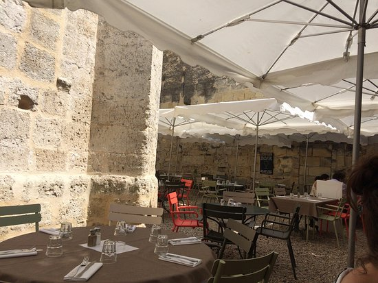 Café picture of l envers du decor saint emilion