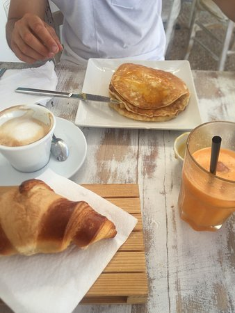 Formentera Bakery - Italian Bakery: photo0.jpg