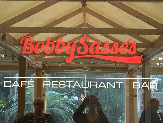 ‪‪Boambee Bay Resort‬: Bobby Sasse's family restaurant. New owners, great atmosphere & and fantastic food‬