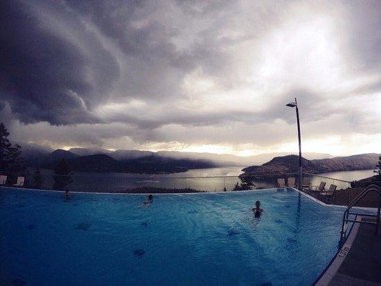 Vernon, Kanada: Pool