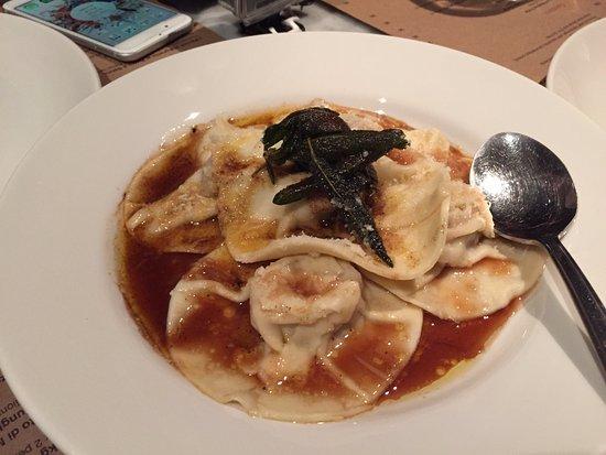 Carne: Ravioli - The best!