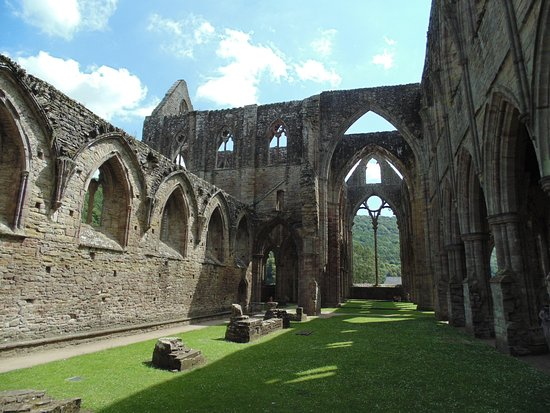 Chepstow, UK: Inside the main abbey