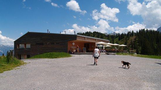 Bludenz, Austria: Nieuw gebouwde berghut/restaurant