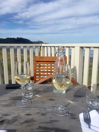 Winter sunshine in Gisborne, wine and dining at Peppers = Perfect!