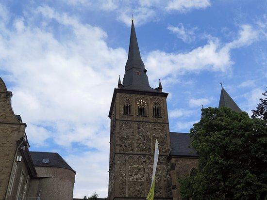Ratingen, Germany: Колокольня со шпилем