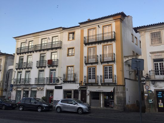 Évora Terrace Hostel