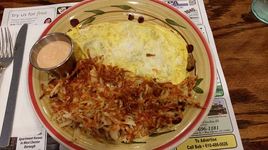 ‪‪West Chester‬, بنسيلفانيا: wonderful omelet with hash browns‬