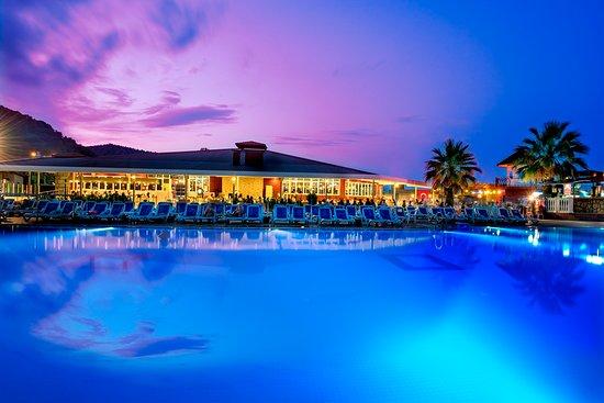 Sailor's Beach Hotel