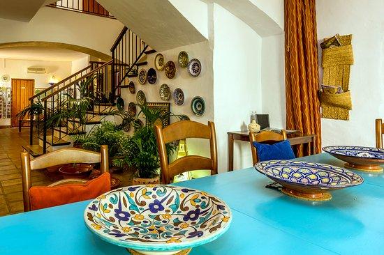 Cartajima, España: Harmonious and tranquil