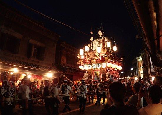 香取市, 千葉県, 勇壮な山車が街を練り歩く