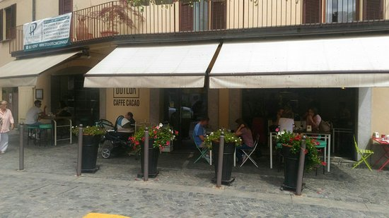 Sesto Calende, Italia: TA_IMG_20160723_150216_large.jpg