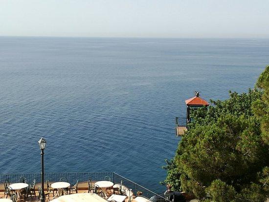 Baia Taormina-Grand Palace Hotel & Spa: IMG_20160710_091123_large.jpg