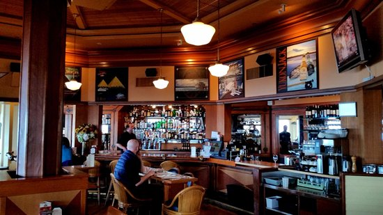 Edmonds, WA: The Bar