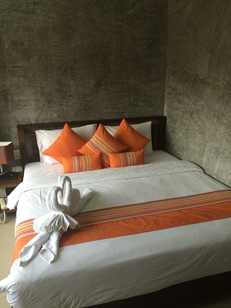 Ban's Diving Resort: Superior room at the top of the hill