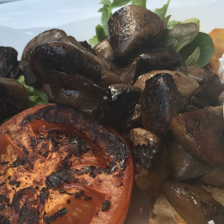 Warners Bay, ออสเตรเลีย: Mushrooms and Poached Eggs