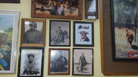 Zephyrhills, Floride : John Wayne at the  Restaurant