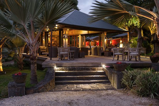 Lakaz Chamarel Exclusive Lodge : The bar and dining area - tunliweb.no