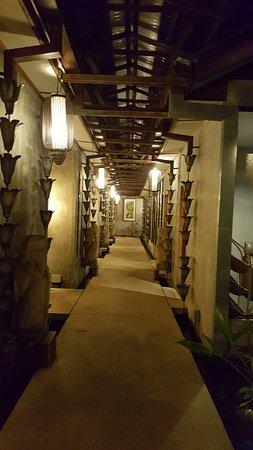 Alun-Alun Spa - Tropical Resort : 20160713_213001_large.jpg