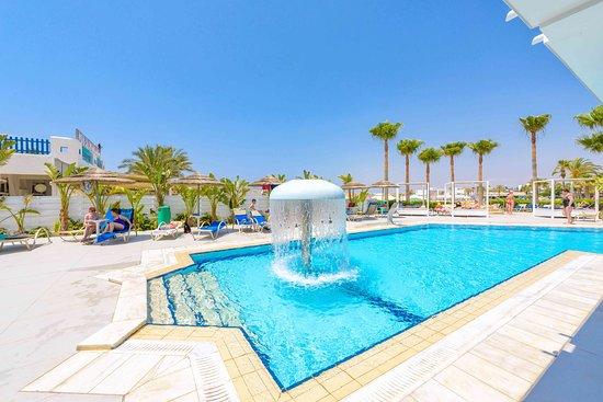 Tasia maris sands beach hotel bewertungen fotos for Swimming pool preisvergleich