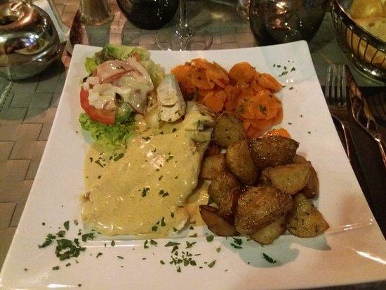 Cogolin, France : Filet de dorade