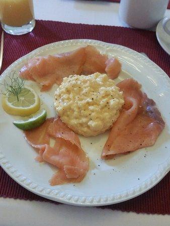Inveran Lodge: Salmone affumicato e uovo strapazzato