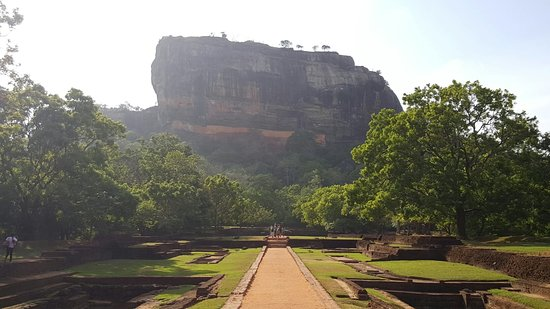 Citadel of Sigiriya - Lion Rock: 20160712_080548_large.jpg