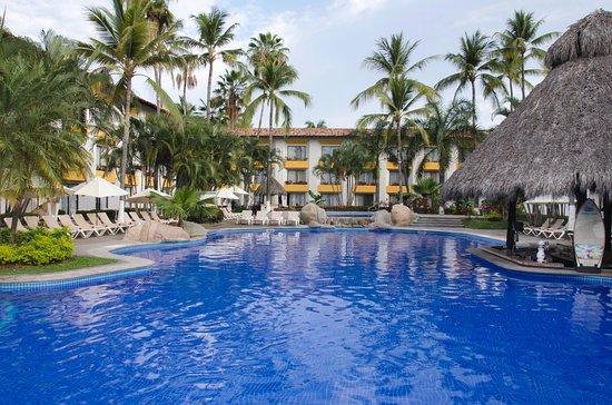 Plaza Pelicanos Club Beach Resort : Alberca área de habitaciones
