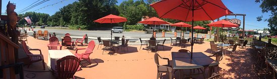 The Barnsider Smokehouse BBQ : Check out our new patio, almost finished!