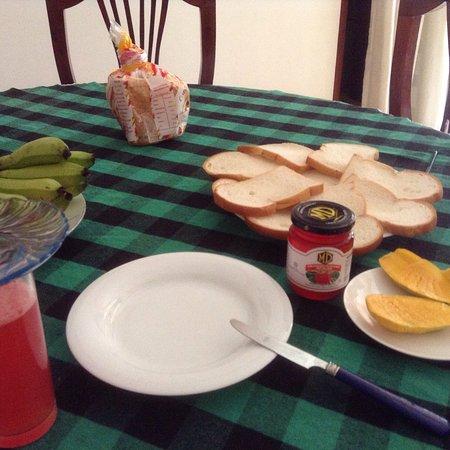 Villa Aroshina: breakfast