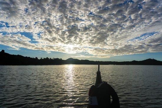 Нуси-Бе, Мадагаскар: Ritorno in piroga