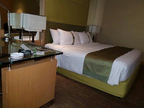Holiday Inn Bangkok Silom: IMG-20160723-WA0002_large.jpg