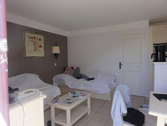 Grospierres, France: vue salon