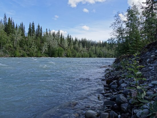 Copper Center, AK: Hike down to river