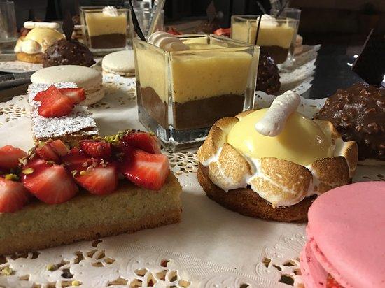Le Cannet, France : Les desserts de l'atelier