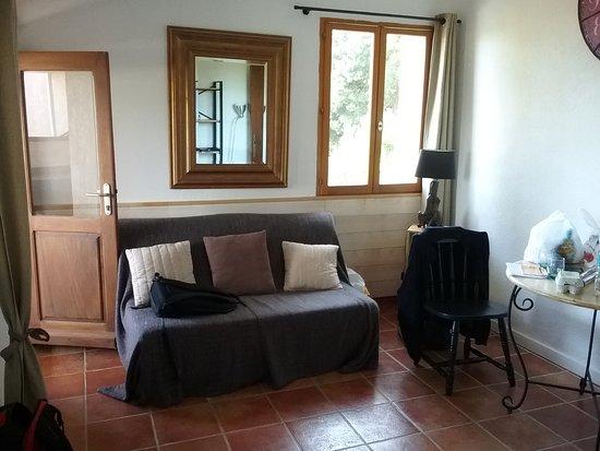 Meria, France: salon de la chambre d'hôtes lantana