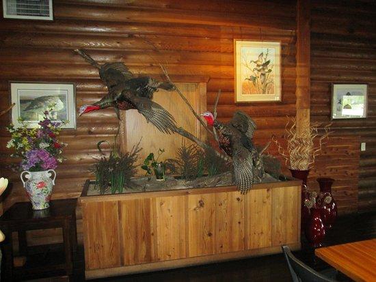 Sumas, WA: truly authentic lodge motif