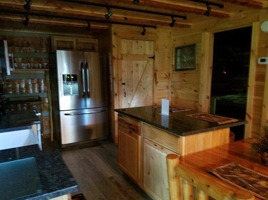 Timberwinds Log Cabins: 20160720_093150_large.jpg