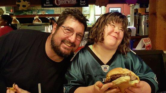 โดเวอร์, เดลาแวร์: My husband and my daughter who are both enjoying their meal!